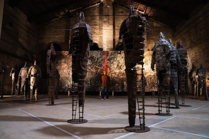 Henry Le, primer vietnamita en protagonizar una exposición de arte en Italia - ảnh 6