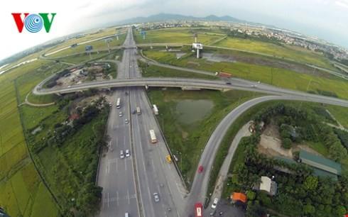 ベトナム最長の高速道路ハノイ・ラオカイフリーウェー - ảnh 1