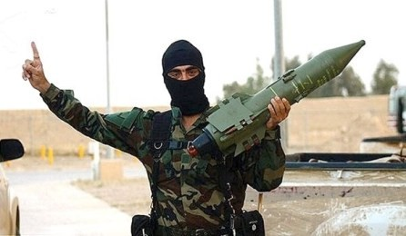IS、毒ガス製造可能=化学兵器の密輸出警告-米CIA長官 - ảnh 1