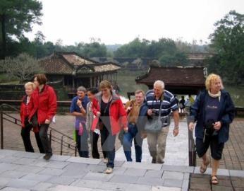 国会、観光を先端経済部門に - ảnh 1