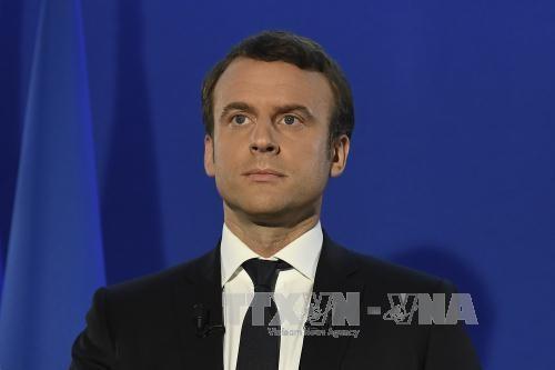 マクロン氏 仏新大統領に就任へ 安定した政権基盤築けるか焦点 - ảnh 1