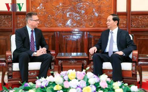 クアン主席、越駐在各国大使と個別会見 - ảnh 3