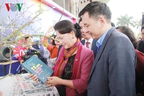 国会議長 全国の新聞祭りを祝う - ảnh 1