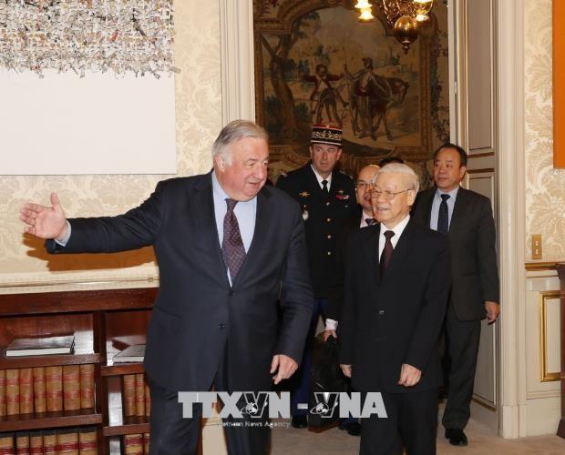 仏公式訪問中のチョン党書記長、仏上院議長と会見 - ảnh 1
