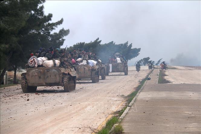 シリア政権軍、反体制派の拠点アレッポの大部分を制圧 - ảnh 1