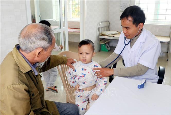 ユニセフとWHO ベトナムの子ども予防接種を引き続き支援 - ảnh 1