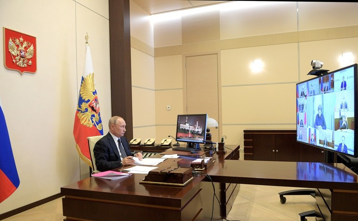 ロシア大統領、外出制限を5月11日まで延長 段階的緩和に向けた検討も指示 - ảnh 1