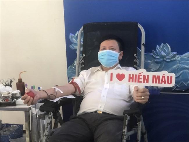 自発的献血運動に応えるVOV - ảnh 1