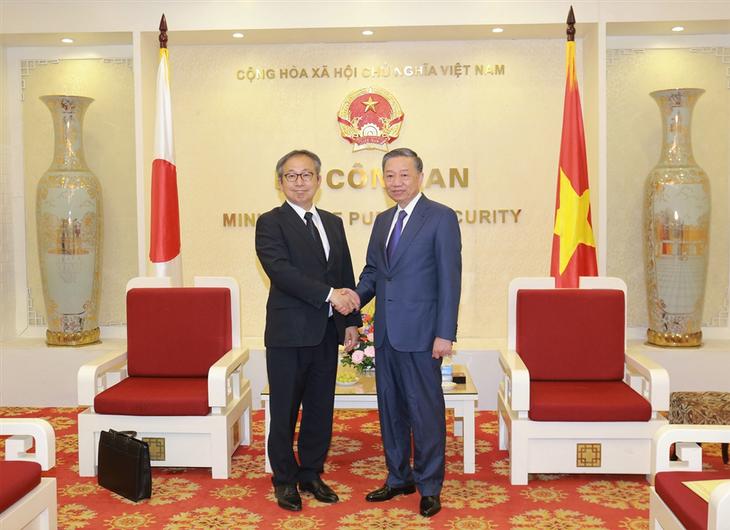 トラム公安大臣、在ベトナム日本国大使と会見 - ảnh 1