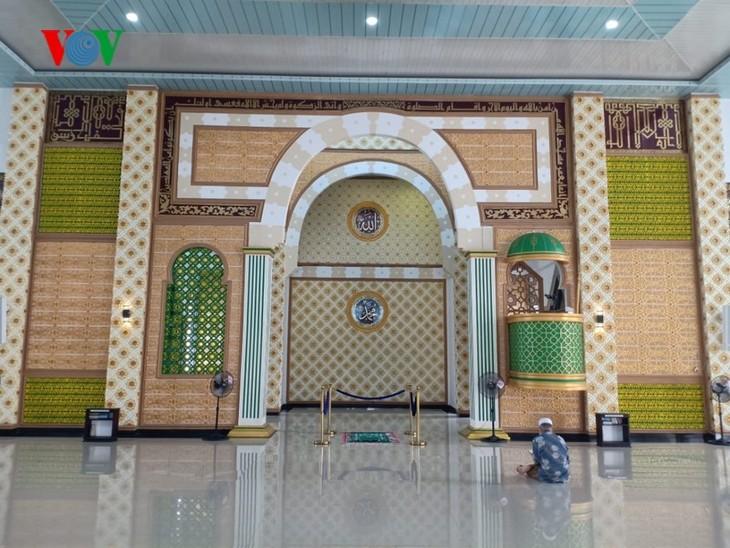 イスラム教の断食月 明けても 新型コロナ インドネシアでは帰省禁止 検問も - ảnh 1
