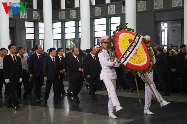 ブマオ氏の葬儀が高級レベルで執行 - ảnh 1