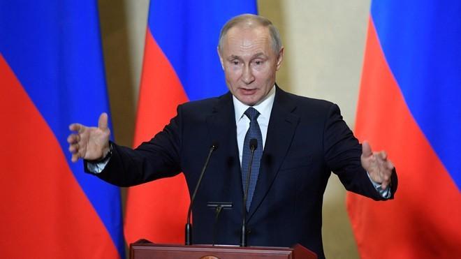 プーチン大統領 4年後の大統領選「立候補の可能性排除しない」 - ảnh 1