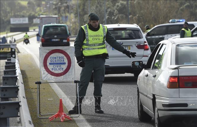 スペイン、入国規制を解除 ポルトガル除くEU内の移動など解禁 - ảnh 1
