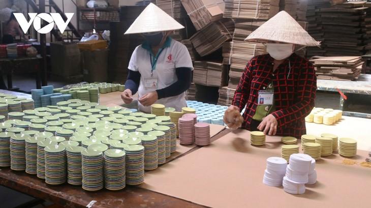 ビンズオン省での陶磁器製造業の維持 - ảnh 2