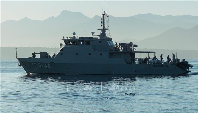インドネシア海軍 潜水艦の部品の破片などを確認  - ảnh 1