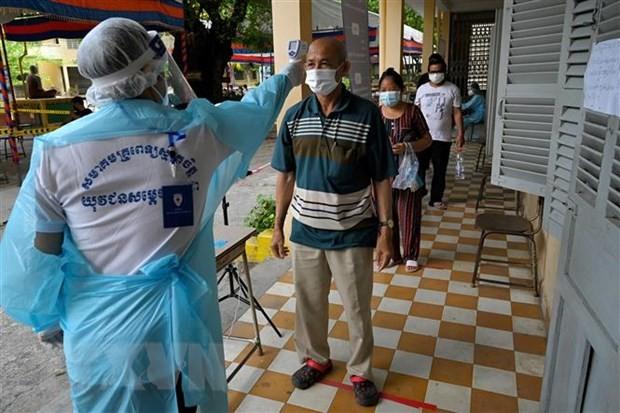 カンボジアでクラスター感染深刻、首都中心に広がる工場休業 - ảnh 1