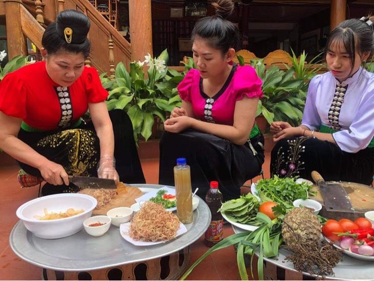 タイ族の水牛から作られる料理 - ảnh 3