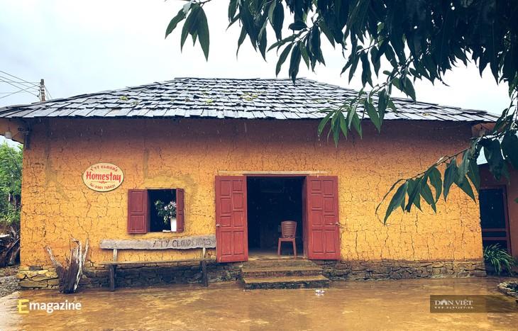 イティ村で観光発展を遂げた青年リ・サ・スイさん - ảnh 2