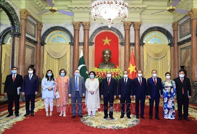 フック国家主席、各国の新大使と会見 - ảnh 1