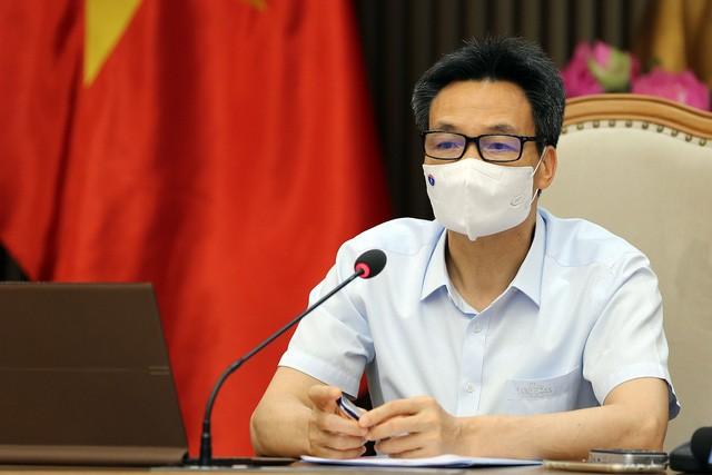 ダム副首相 HCM市に工場での新型コロナ予防対策の強化を指導 - ảnh 1