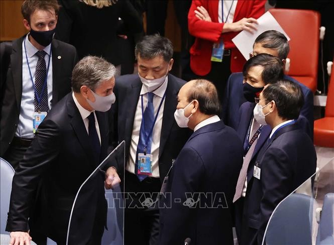 フック国家主席、各国の代表と接触 - ảnh 1