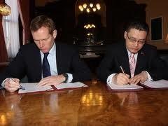 Vietnam dan Inggeris menandatangani Rencana Aksi -2012. - ảnh 1