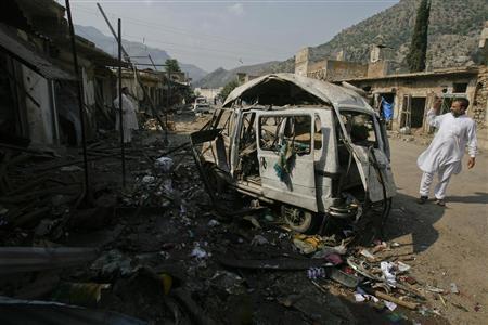 Ledakan bom  membuat  25 orang  tewas dan 20 orang menderita luka-luka di Pakistan - ảnh 1