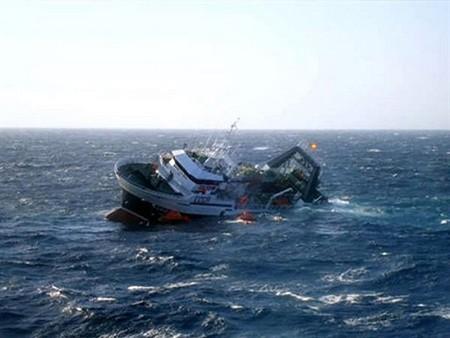 Kapal pengangkutan awak kapal RDR Korea tenggelam di lepas laut Republik Korea - ảnh 1
