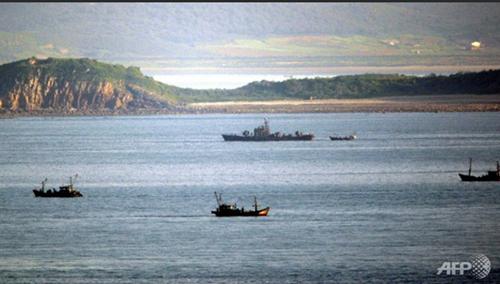 Dua bagian negeri Korea saling berbaku tembak di wilayah laut  yang dipersengketakan. - ảnh 1