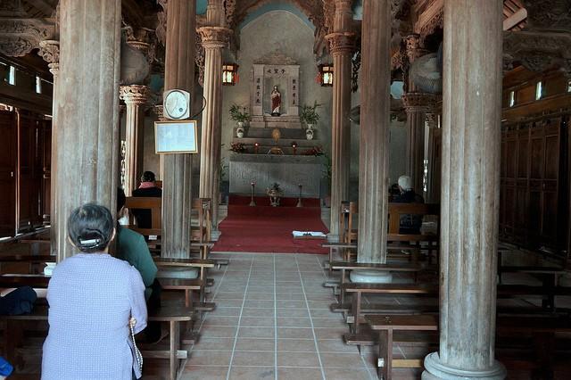 Gereja baru Phat Diem - tempat berhimpunya  inti sari arsitektur  Timur-Berat - ảnh 3
