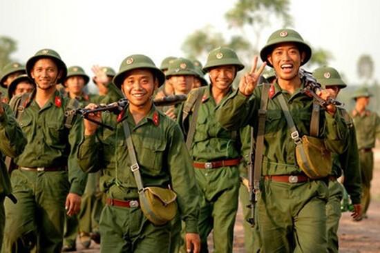 Mengembangkan tradisi  70 tahun  berdirinya Tentara Rakyat Vietnam - ảnh 1
