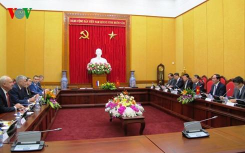 Kementerian Keamanan Publik Vietnam dan Kementerian Dalam Negeri Rusia mengadakan pembicaraan - ảnh 1
