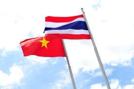 Memperkuat  pertukaran  dagang dan investasi Vietnam-Thailand - ảnh 1