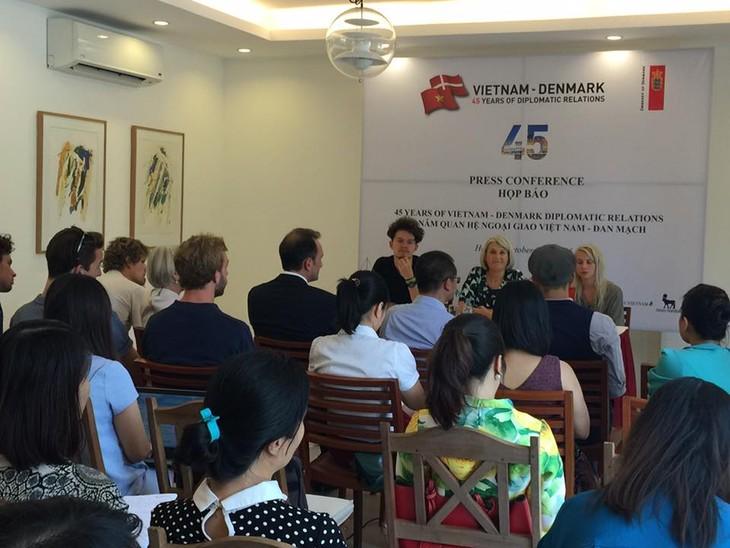 Aktivitas-aktivitas memperingati ultah ke-45 penggalangan hubungan diplomatik Vietnam-Denmark - ảnh 1