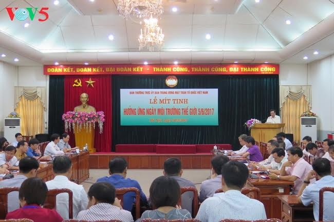Vietnam menyambut Hari Lingkungan Dunia (5/6/2017) - ảnh 1