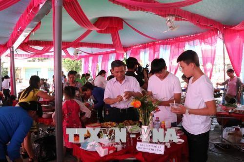 Mengarah ke perkembangan yang berkesinambungan dari  Keluarga Viet Nam dalam  periode  industrialisasi, modernisasi - ảnh 1