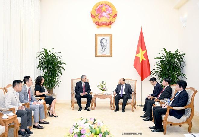 PM Viet Nam, Nguyen Xuan Phuc menerima Sekjen WFTU, George Mavrikos - ảnh 1