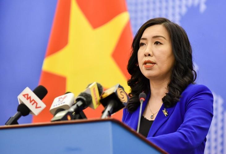 """Vietnam  tidak mengakui  apa yang dinamakan """"sembilan garis putus-putus""""  yang diklaim Tiongkok  di Laut Timur - ảnh 1"""