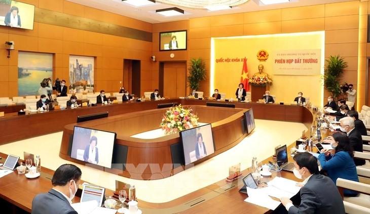 Pembukaan  Persidangan ke-44 Komite Tetap MN Vietnam - ảnh 1