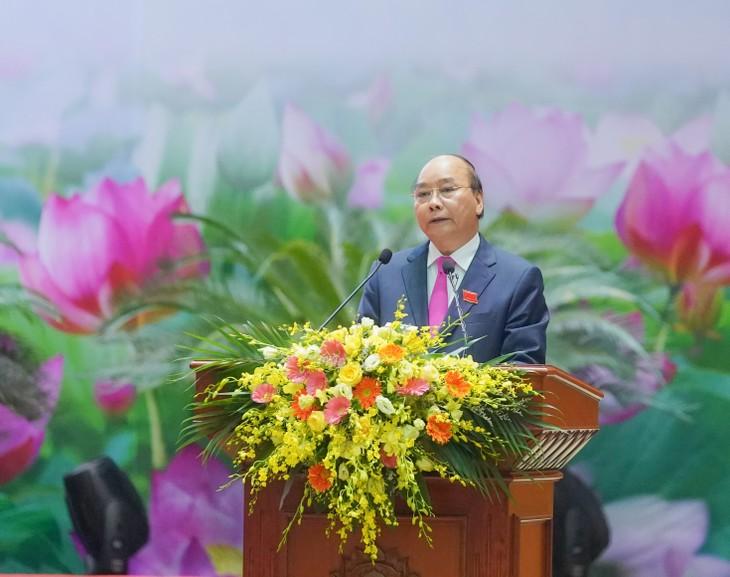 PM Vietnam, Nguyen Xuan Phuc menghadiri  Kongres ke-10  Kompetisi  Pasti Menang  untuk seluruh tentara  - ảnh 1