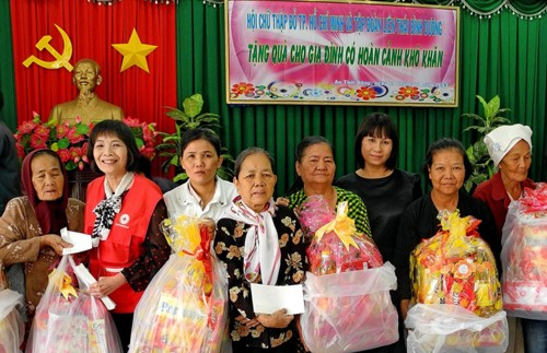 """""""Tet for poor people and AO victims"""" program launched - ảnh 1"""