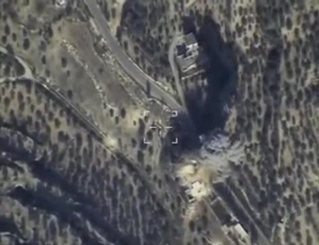 Russia to stop air strikes on opposition groups in Syria - ảnh 1