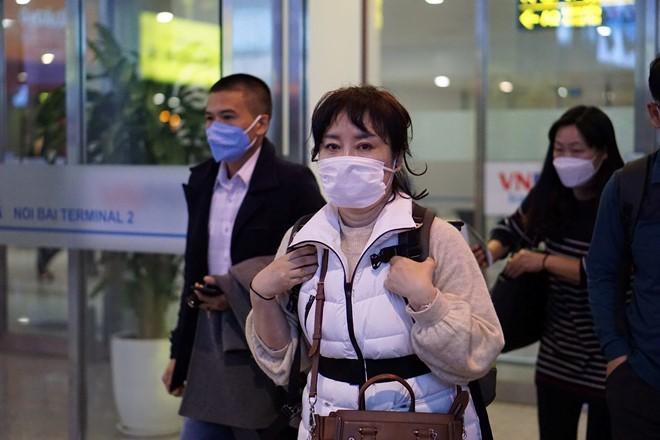 Huấn luyện viên Park Hang-seo và vợ đã quay lại Việt Nam - ảnh 1