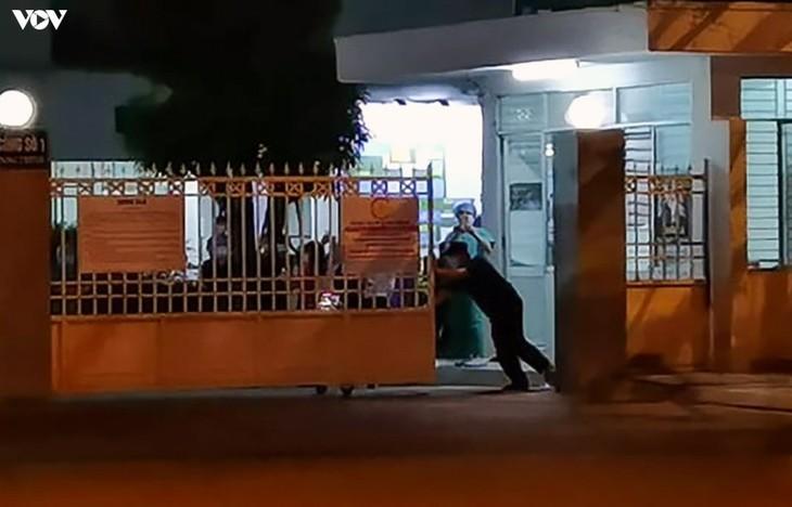 Chùm ảnh: Dỡ bỏ phong tỏa, Bệnh viện C Đà Nẵng mở cửa đón bệnh nhân trở lại - ảnh 8