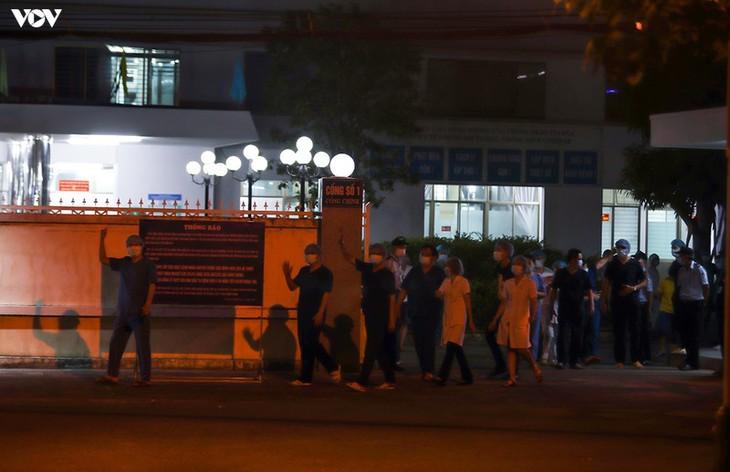 Chùm ảnh: Dỡ bỏ phong tỏa, Bệnh viện C Đà Nẵng mở cửa đón bệnh nhân trở lại - ảnh 12