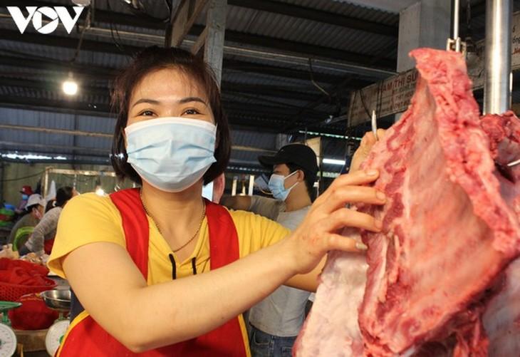 Chợ Nại Hiên Đông, Đà Nẵng mở cửa trở lại sau khi bị phong toả - ảnh 2