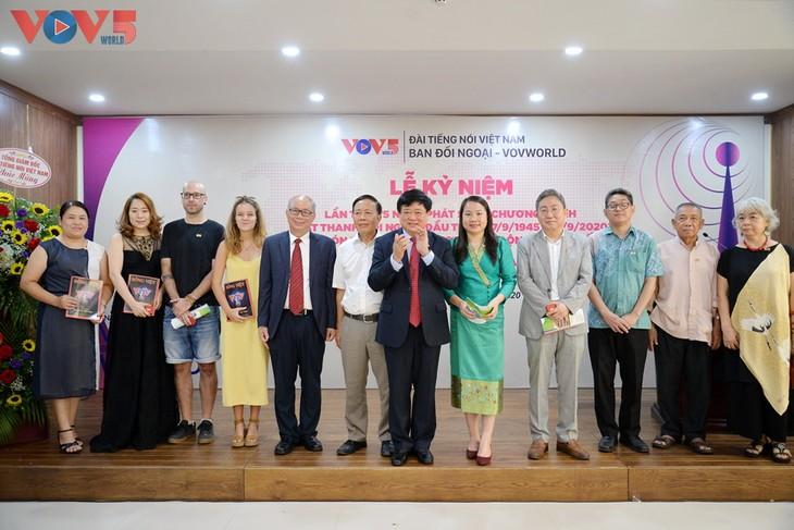 VOV5 trang trọng tổ chức kỷ niệm 75 năm ngày phát sóng chương trình đầu tiên - ảnh 8