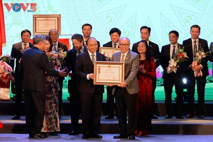 Toàn cảnh lễ kỷ niệm 75 năm ngày thành lập Đài TNVN và đón nhận Huân chương Lao động hạng Nhất - ảnh 9
