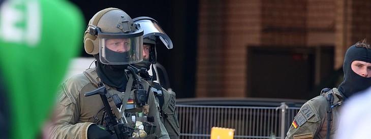 Allemagne: la gare de Cologne évacuée après une prise d'otage - ảnh 1