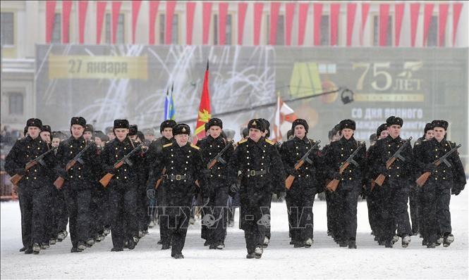 La Russie célèbre les 75 ans de la fin du siège de Leningrad - ảnh 1